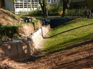 Außenmauer mit Graben an der Lunette 41